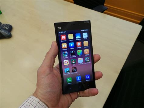 show me a picture of a phone on with the xiaomi mi3 smartphone mobile phone reviews