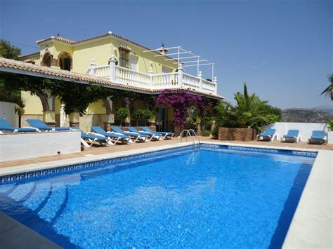 Luxury Spanish Family-friendly Villa, Large...
