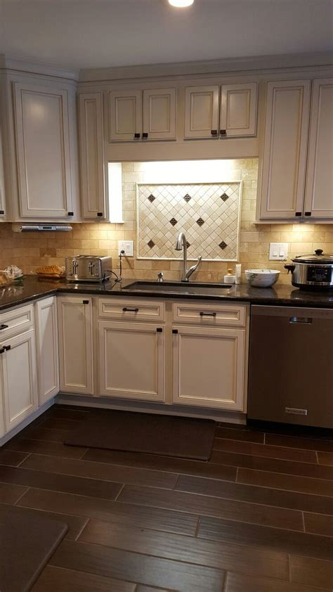 Here Is My Finished Kitchen The Cabinets Are Thomasville