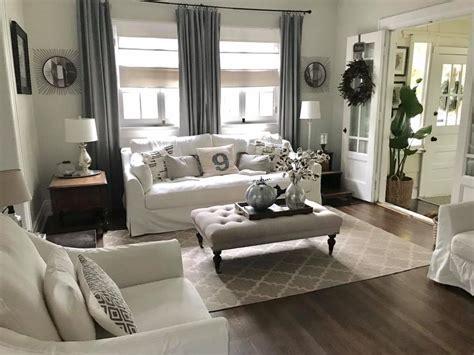 Designer Cottage Interior Decorating And Home Staging