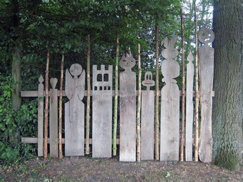 picket fences mord am gartenzaun bbda075ea2f0ead05dbe852ba8fe78ef jpg 736 215 552 pixel