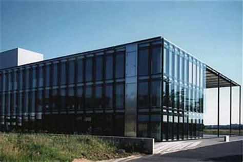 Fenster Und Tuerenbraun Hauptverwaltung Kronberg by Braun Hauptverwaltung Kronberg Mit Witterungsgesteuerter