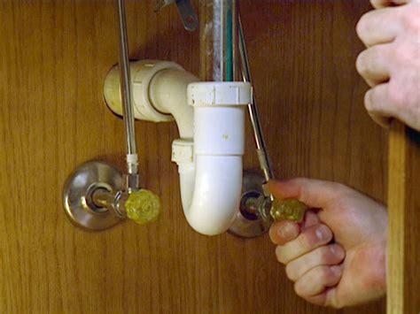 sink water shut off valve tighting taps under kitchen sink doesn 39 t cut off water
