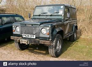 Land Rover Defender Stock Photos & Land Rover Defender ...