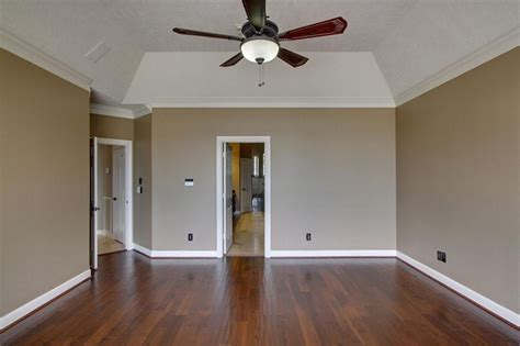 Installing Tray Ceiling by 19916 Gemstone Montgomery Tx 77356 Crown Molding With