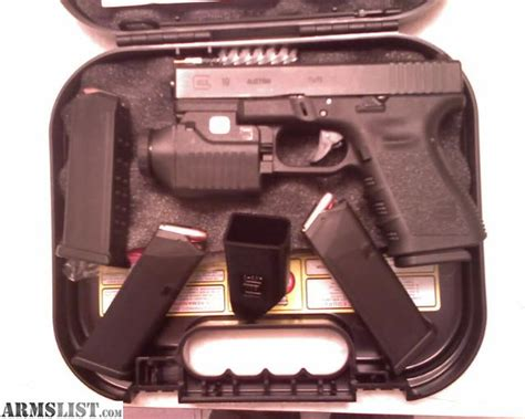 glock 19 strobe light armslist for sale barely used glock 19 gen 3 with