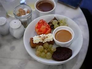 Assiette A Dessert : assiette de dessert photo de la bossue paris tripadvisor ~ Teatrodelosmanantiales.com Idées de Décoration