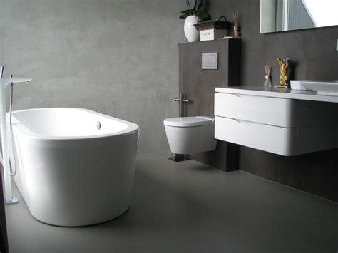 vloerverwarming badkamer stuk gietvloer in badkamer product in beeld startpagina
