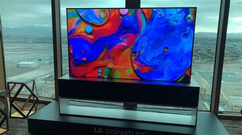 Lg Oled65r9 Rollable Oled Tv (2019) Hands-on