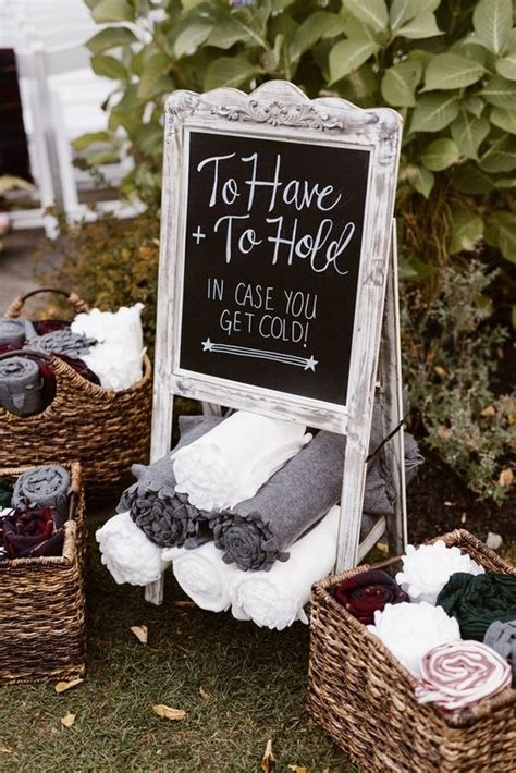 12 ways to send blankets as fall wedding favors