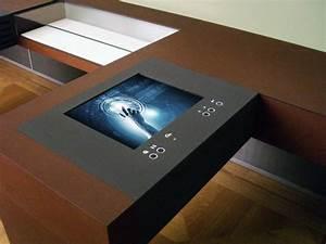 Einbau monitore mit frontplatte for Monitor tisch