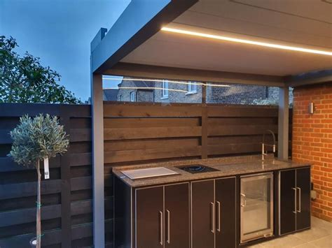 outdoor kitchen project