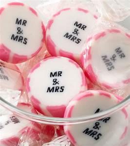 Mr Mrs Deko Buchstaben : bonbons mr mrs ca 50 st ck hochzeit pinterest gastgeschenke hochzeit hochzeit deko ~ Markanthonyermac.com Haus und Dekorationen