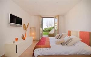 Tv Im Schlafzimmer : moderne schlafzimmer ideen stilvoll mit designer flair ~ Lizthompson.info Haus und Dekorationen