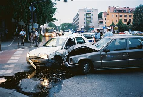 How To Manage A Car Accident