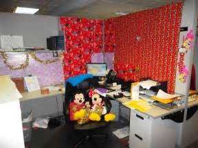 decorating office cubicle doors pleasing christmas