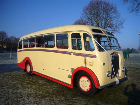 vintage coach hire for prom transport eastons