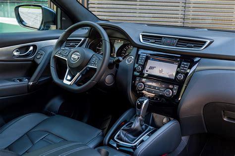 nissan qashqai interior 2017 nissan qashqai 1 6 dig t tekna suv review car keys