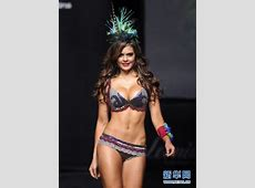 Hot Models Strut at Colombiamoda Fashion Week 2011 4