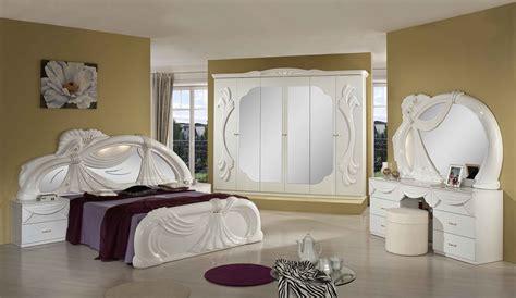 chambre avec italienne meuble moderne chambre a coucher 2017 urbantrott com