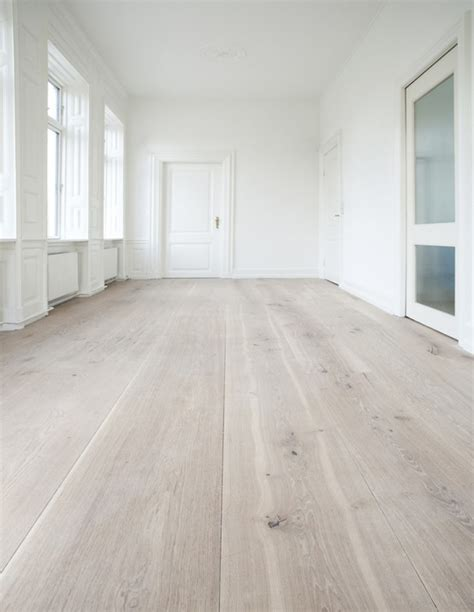 wall and floor decor 45 cozy whitewashed floors d 233 cor ideas digsdigs