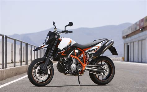 Ktm 990 Supermoto R 1440 X 900 Wallpaper