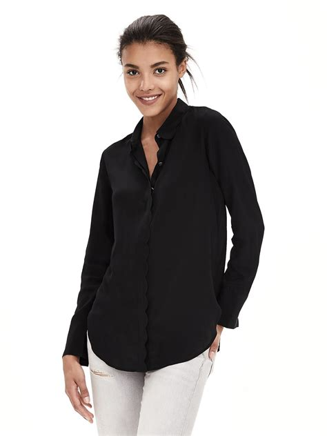 banana republic silk blouse banana republic scalloped silk blouse in black lyst