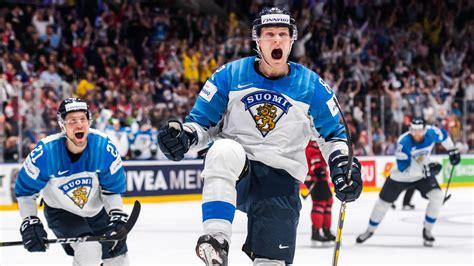 «müssen die spaghetti etwas früher essen». Eishockey-WM-Finale: Außenseiter Finnland schlägt Kanada ...