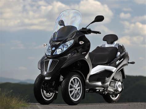 piaggio mp3 300 2011 piaggio mp3 300 yourban lt pics specs and information onlymotorbikes