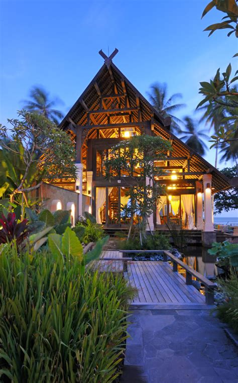 jasri beach villas  lush jungle  east bali amazing