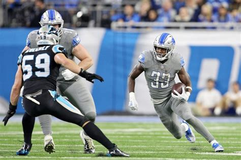 kerryon johnson avoids acl tear   week  week   sprain mlivecom
