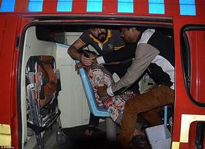 Pakistan suicide bombers kill over 70 people during Easter ...