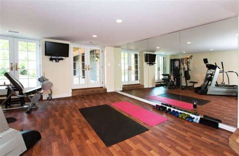 Garage Workout Room Ideas by 70 Home Ideas And Rooms To Empower Your Workouts