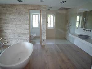 Modernes Badezimmer Galerie : gro artig moderne b der galerie accessoires f r bad und badezimmer die b dergalerie bocholt ~ Markanthonyermac.com Haus und Dekorationen