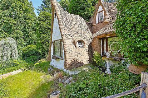 Cottage Biancaneve Snow White S Fairytale Cottage Is For Sale Hgtv