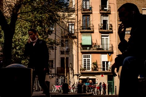 barcelona street photography  winter  spain