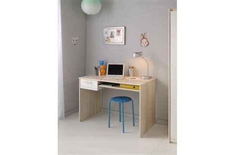 bureau pour chambre bureau pour chambre enfant acacia clair charles design sur