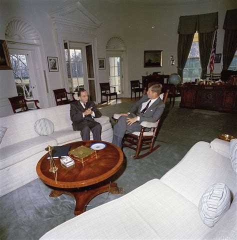 23 best images about avec un ambassadeur am 233 ricain on jfk rocking chairs and