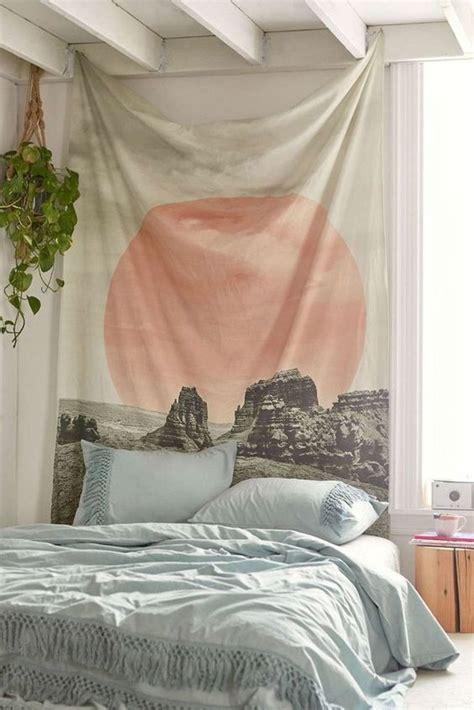 เตียงไม่ต้อง กับที่นอนติดพื้น Bed on Floor ห้องนอนสดใสเ ...