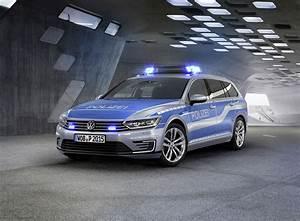 Volkswagen Passat Gte : volkswagen passat gte police version ~ Medecine-chirurgie-esthetiques.com Avis de Voitures
