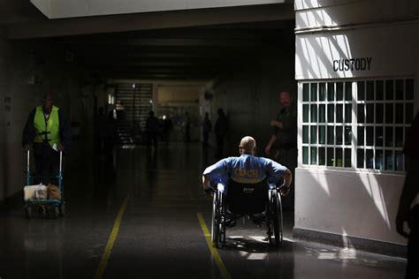 california spending billions  build  prisons sfgate