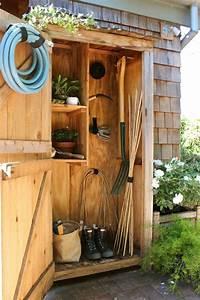 25 awesome garden storage ideas for crafty handymen and for Garden storage ideas