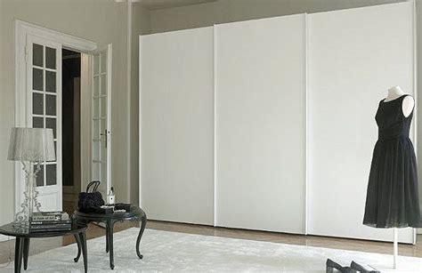 closet doors three sliding closet doors