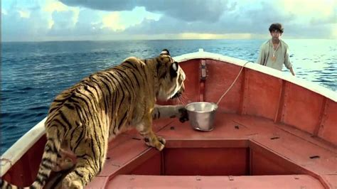 Life Of Pi Creating Richard Parker Featurette In