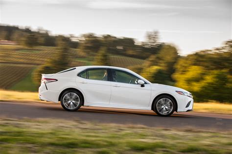 toyota camry detailed   summer launch  pics
