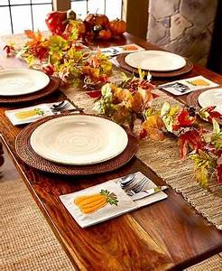 Holiday Napkin Flatware Pockets Pumpkin Holly Thanksgiving
