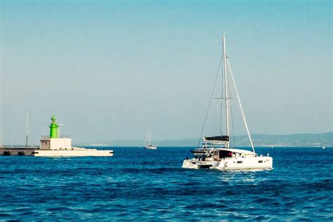 Catamaran Lagoon 42 A Vendre by Lagoon 42 Sailing Catamaran For Charter In Croatia