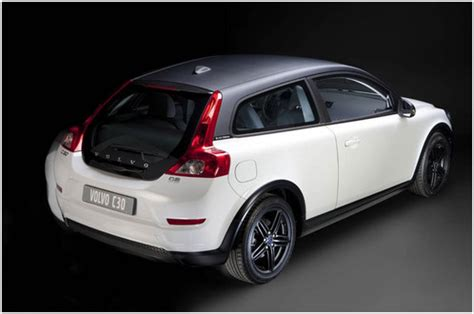 volvo  black design  italy