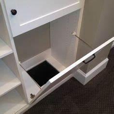 Schrank Für Schmutzwäsche : w scheabwurf im mudroom ist der schrank geschlossen sieht der raum fein aufger umt aus die ~ Bigdaddyawards.com Haus und Dekorationen