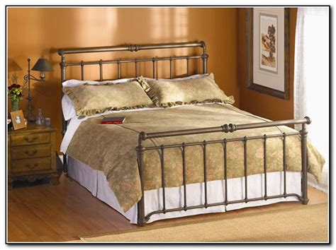 Big Lots Metal Bed Frame by Metal Bed Frame Big Lots Beds Home Design Ideas